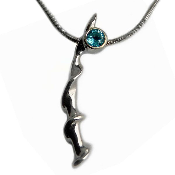 The small twist vine pendant is unusual and striking. A sparkling 3mm gemstone contrasts with the delicate silver detail  It is featured with blue topaz but also comes with a variety of gemstones) It is suitable for all occasions.It has a width of 2-3mm and is 30mm long.