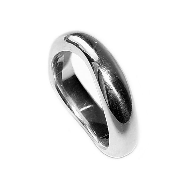 Curved organic silver band. This unusual silver ring has a comfortable rounded band which is flat on the inside. The approximate maximum dimensions are 6mm wide with a depth of 3mm. The ring is plain, understated, and and therefore perfect as an everyday ring for men or women.