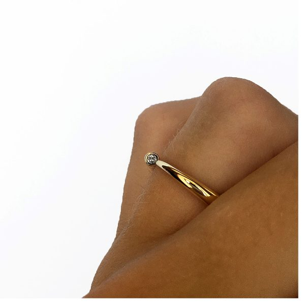 Simple elegant ring in 18ct yellow gold with comfortable rounded band set with a brilliant 3pt diamond (vsfg quality). Solid 3mm band tapers to a point (also available in 9ct yellow gold, and platinum - prices available on request).